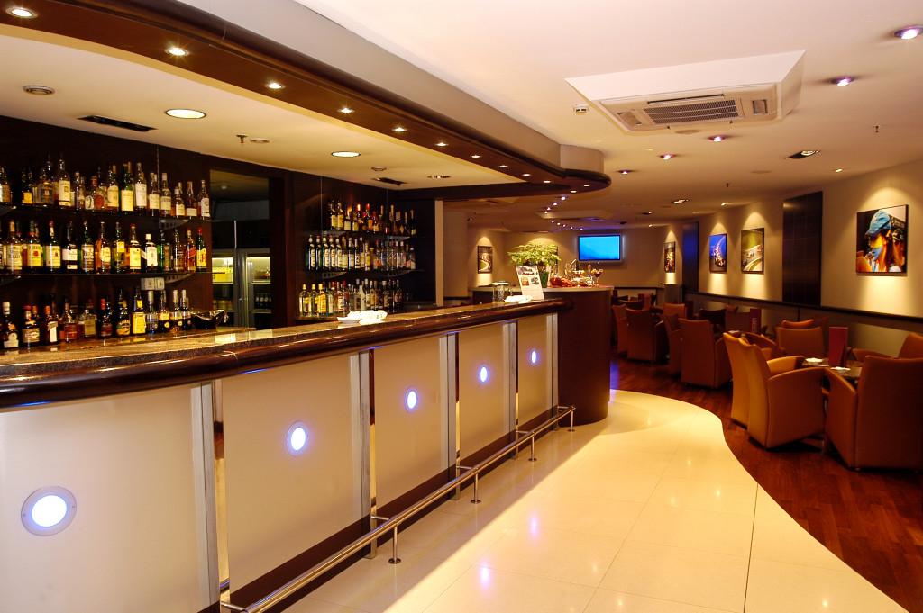 Bar l'Automòbil - Hotel Tropical Andorra